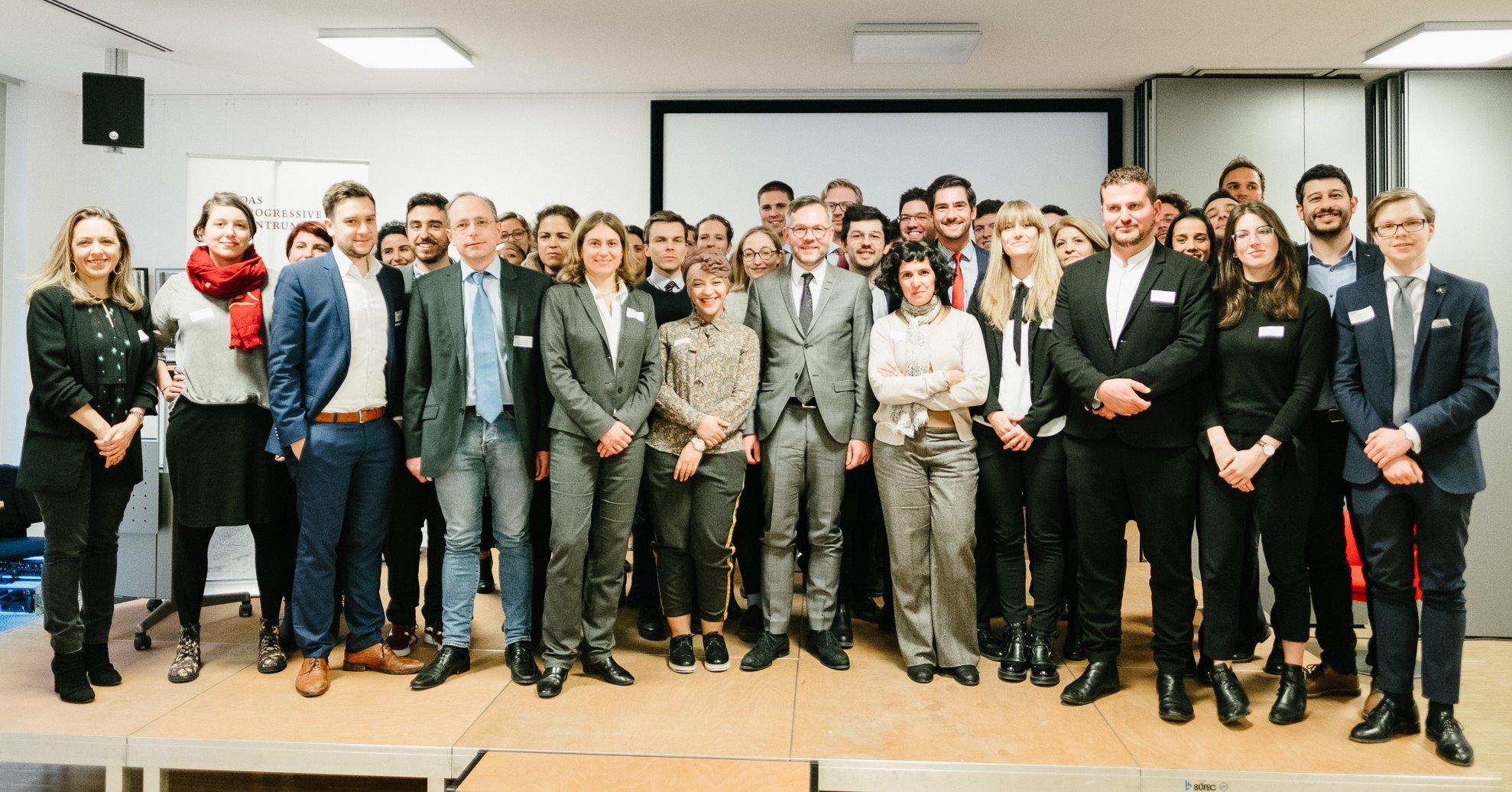 dialogue europe3